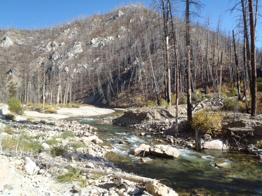 Increased sediment delivery in mountain basins in a warming climate